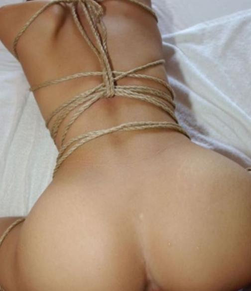 女の子を縛るプレイが大好き